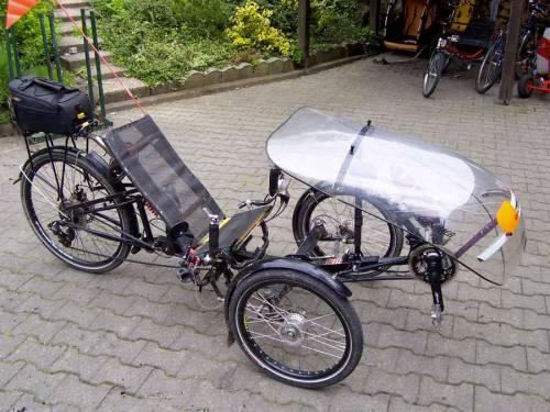 Лежачая велоколяска