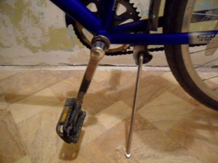 Опора на дорожном велосипеде