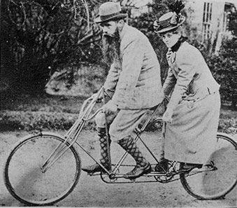 двухместный велосипед XIX века