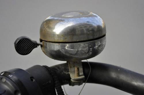 механический велосипедный звонок