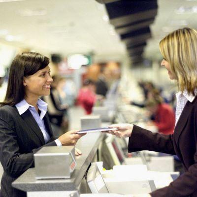 проверка документов в аэропорту
