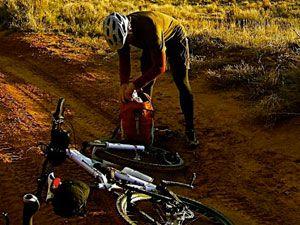 заклеивание велосипедной камеры