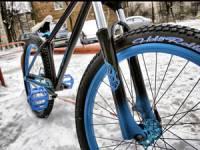 передняя вилка велосипеда