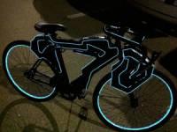 байк с LED-подсветкой
