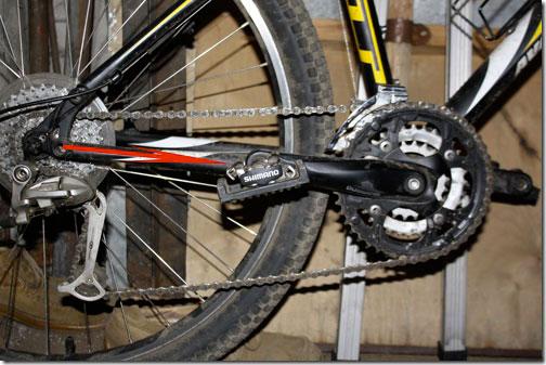Слетает цепь на велосипеде экрана 2-ух