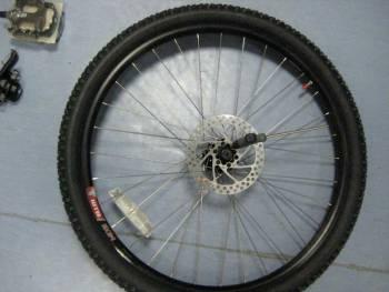 велосипедное колесо с диском