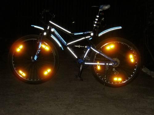 байк со светодиодами