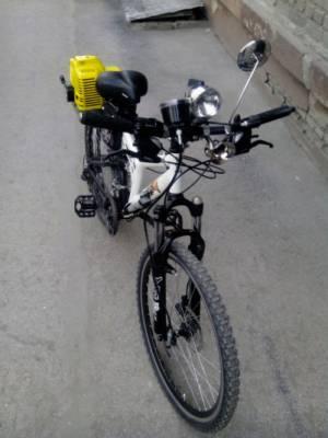 """велосипед с двухтактным двигателем """"Комета"""""""