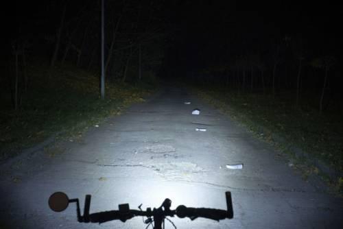 световой поток велосипедного фонаря