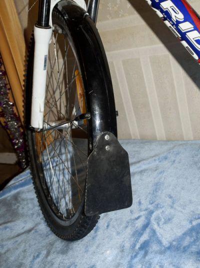 Как сделать крыло на велосипед своими руками из бутылки 104