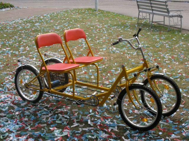 велосипед с 4 колёсами двухместный