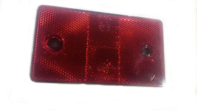 красный светоотражатель