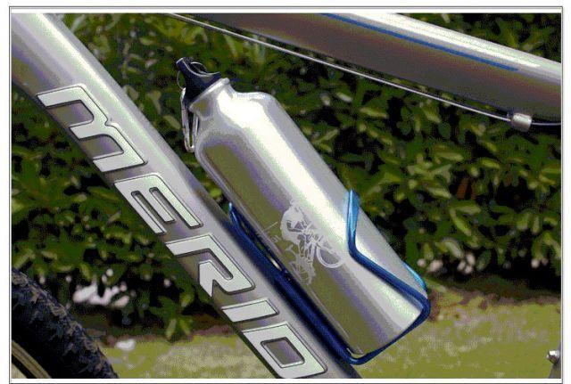 фляга на раме велосипеда