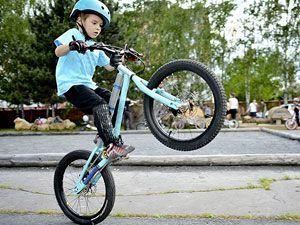 велосипедный трюк