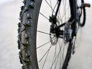 велосипедная шипованная покрышка